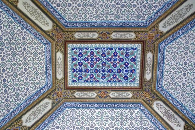 26.10.12 Istanbul-20 Topkapi ceiling