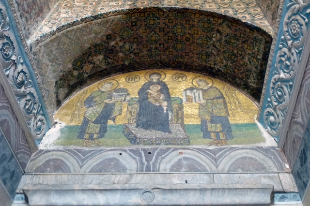 26.10.12 Istanbul-77 Aya Sofia mosaic Justinian Constantine